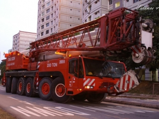 Автокран Terex Demag AC200